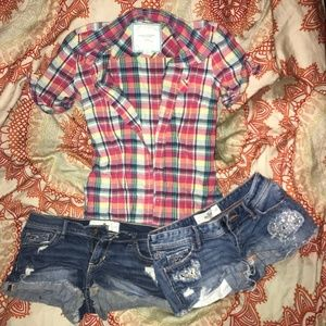 Hollister Co shorts & AE shirt